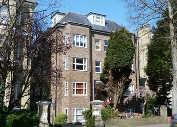 1 bed flat to rent in Eaton Gardens, Hove BN3