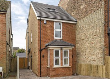 3 bed property for sale in Moxon Street, High Barnet, Hertfordshire EN5