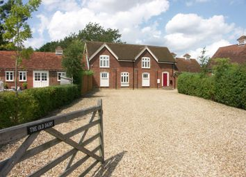 Thumbnail Barn conversion to rent in Shire Lane, Hastoe, Tring