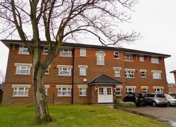 Thumbnail 2 bed flat for sale in Burns Close, Billericay, Essex