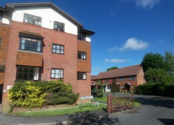 Thumbnail 2 bed flat to rent in Fishers Court, North Parade, Horsham