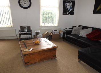 2 bed maisonette to rent in 6 The Crescent, Lytham St. Annes FY8