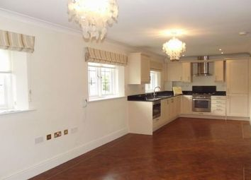Thumbnail 2 bedroom flat to rent in Gordon Close, Broadway