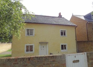 Thumbnail 4 bed cottage for sale in Oaklea Passage, Kingston Upon Thames, Surrey