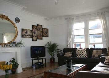 Thumbnail 1 bed flat to rent in Twyford Avenue, Acton, London
