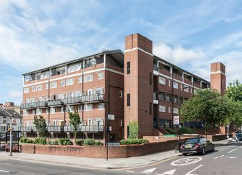 Thumbnail 3 bed flat for sale in Foulden Road, London