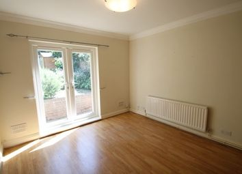 Thumbnail Flat to rent in Warren Avenue, Bromley