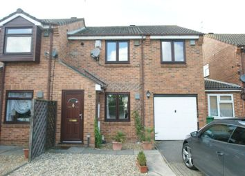 Thumbnail Property to rent in Pearl Gardens, Cippenham, Slough