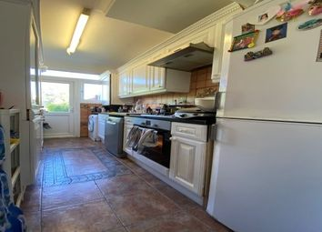 Cottesmore Avenue, Ilford IG5. 3 bed property