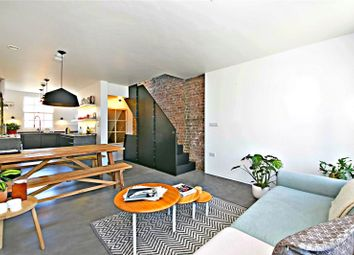 Thumbnail 3 bed maisonette for sale in Essex Road, Islington