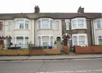 Thumbnail 2 bed flat for sale in Clarence Road, Grays