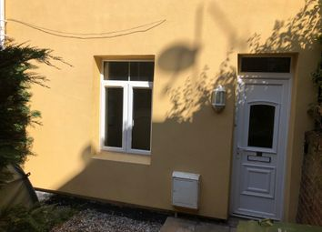 Thumbnail 3 bedroom town house to rent in West View Terrace, Exeter