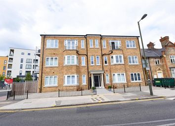 Thumbnail 1 bed flat to rent in Durham Road, London
