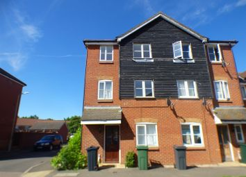 Thumbnail 4 bed town house to rent in Fairview Drive, Ashford