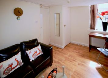Thumbnail Studio to rent in Flat 1, 63 Brudenell Road, Hyde Park