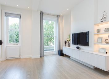 Thumbnail 1 bed flat to rent in Belsize Park Gardens, London