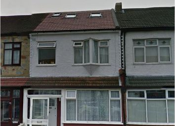 Thumbnail 5 bedroom terraced house to rent in Hampton Road, Ilford