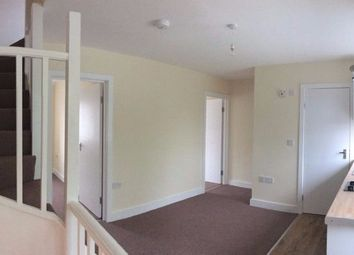 Thumbnail 2 bed flat to rent in Blundell Rd, Colindale