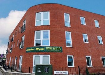 2 bed flat to rent in Bevois Valley Road, Southampton SO14