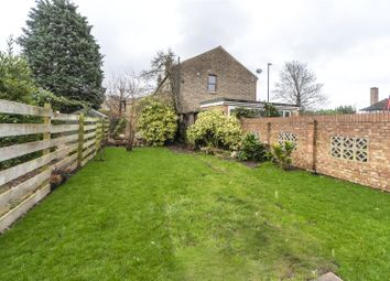 2 bed maisonette to rent in Witham Road, Isleworth, Middlesex TW7
