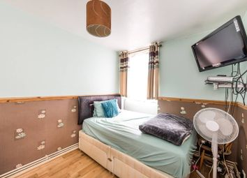 3 bed maisonette for sale in Mursell Estate, Stockwell SW8