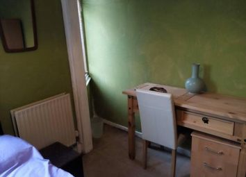 Thumbnail Room to rent in 169 Ashville Road, London