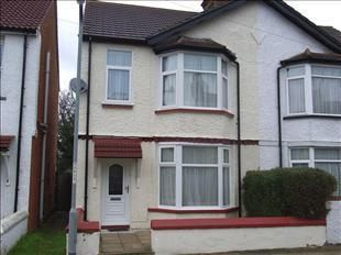 Thumbnail 3 bedroom end terrace house to rent in Ferndale Road, Gravesend, Kent