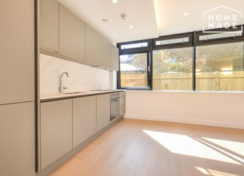 Thumbnail 1 bed flat to rent in Iconblu, Brentford