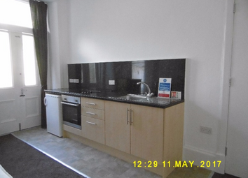 Thumbnail 1 bed flat to rent in Perth Road, West End, Dundee, 1Js