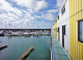 1 bed flat for sale in Eastern Concourse, Brighton BN2