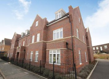 Thumbnail 2 bed flat to rent in High Road, Byfleet