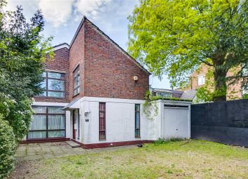 Thumbnail 5 bed detached house for sale in Castelnau, London