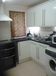 Thumbnail 1 bed flat to rent in East Smithfield, London