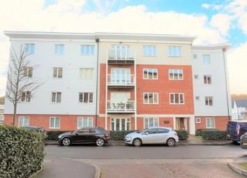 Thumbnail 2 bed flat to rent in Chesterfield House, Chequers Avenue, High Wycombe, Buckinghamshire