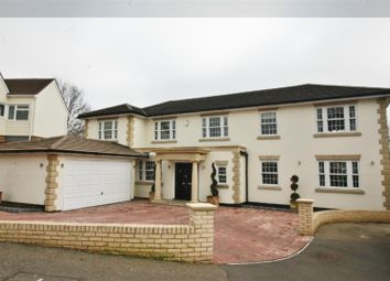 Thumbnail 5 bedroom detached house for sale in Bassingbourne Close, Broxbourne, Herts