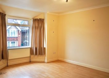 Thumbnail 1 bed flat to rent in Oakhill Road, Horsham