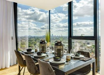 Thumbnail 2 bed flat for sale in Highgate Hill, Archway, London