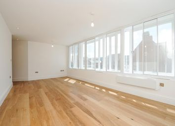 Thumbnail 2 bedroom flat for sale in Market Place, Newbury