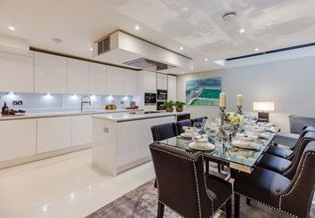 Thumbnail 2 bedroom flat to rent in Palace Wharf Apartments, Hammersmith