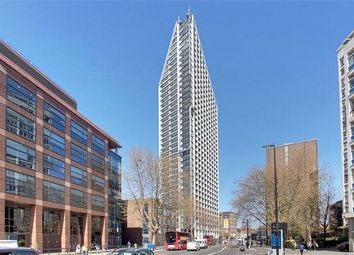 Thumbnail 3 bed flat to rent in 251 Southwark Bridge Road, Elephant & Castle, London