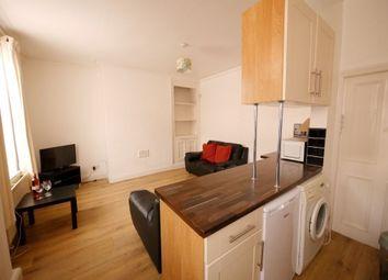 Thumbnail 4 bed flat to rent in Aldenham Street, London
