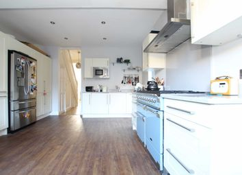 Thumbnail 3 bed property to rent in Junction Road, London
