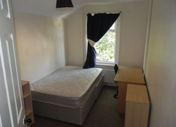 Thumbnail Room to rent in Guildford Park Road, Guildford