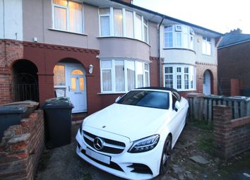 Thumbnail 3 bed property to rent in Pembroke Avenue, Luton