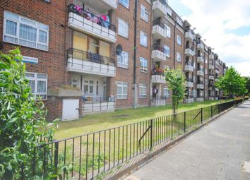 Thumbnail 3 bed flat for sale in Queens Row, Elephant And Castle