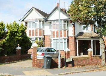 Thumbnail 3 bed detached house to rent in Blenheim Cres, Luton
