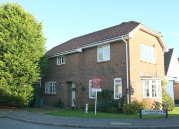 Thumbnail 3 bed detached house to rent in Acorn Close, Angmering, Littlehampton
