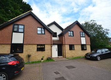 Thumbnail 1 bed flat to rent in The Woodlands, Smallfield, Horley