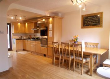 Thumbnail 5 bed town house for sale in Yarrow Crescent, East Ham, London