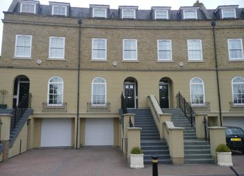 Thumbnail 4 bed town house to rent in Cadugan Place, Reading